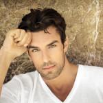 Wypadanie i przerzedzenie włosów u mężczyzn – czy to początki łysienia?